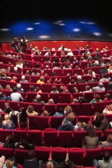 Leerlingen organiseren in druk examenjaar eerste scholierenconferentie in Apeldoorn, over... stress