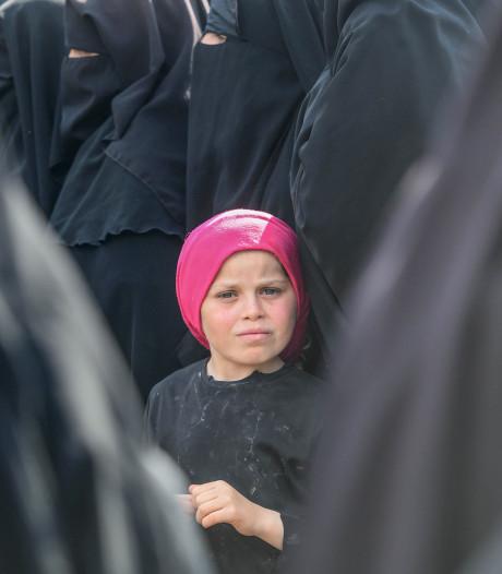LIVE: Rechtszaak IS-vrouwen: 'Denen halen mensen op, maar Nederland zegt dat het niet kan?'