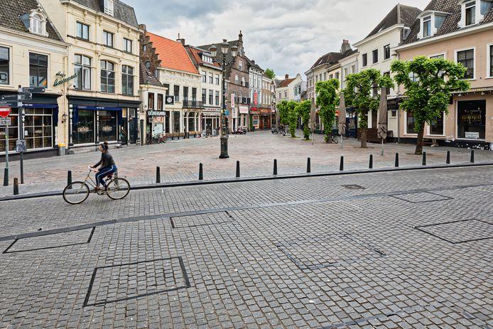 Een lege Havermarkt in Breda.