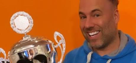 Deze zangeres heeft de meest aanstekelijke lach van Nederland