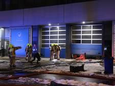 Shishagroothandel in brand, politie onderzoekt brandstichting