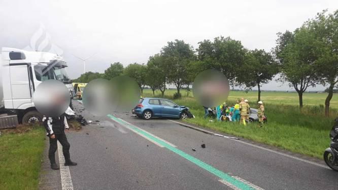 """""""Wij sluiten niet zomaar een weg af! Iemand vocht voor zijn leven"""": Nederlandse politie hekelt gefrustreerde bestuurders na ongeluk"""