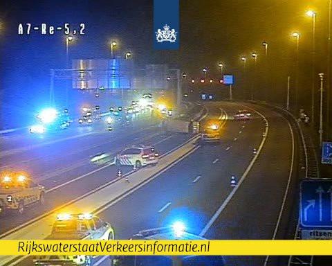 Een ongeval op de A7 heeft zes gewonden veroorzaakt