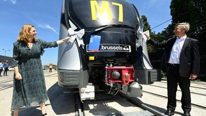 """MIVB presenteert eerste exemplaar van nieuwe metrostellen: """"Frisse start na een moeilijke periode"""""""