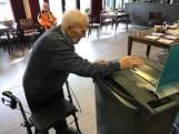 Of Harrie Hanenberg (103) op kleinzoon stemt, blijft geheim