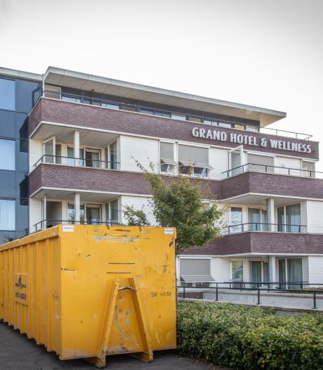 Hotel De Kamperduinen langer dicht door brandschade