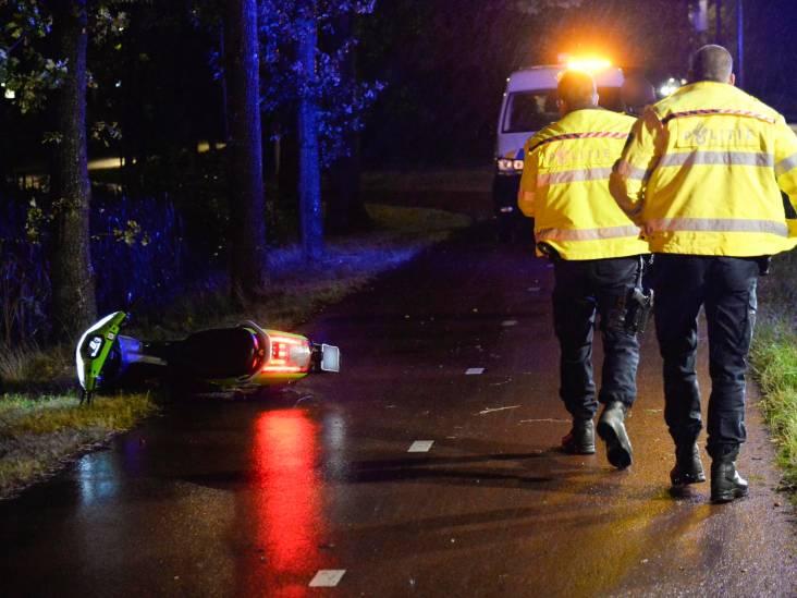 Bestuurder valt op Go-Sharing scooter en raakt gewond in Breda