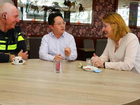 Burgemeester praat met Chinese ondernemers over coronavirus: 'Horen hoe zij worden benaderd'