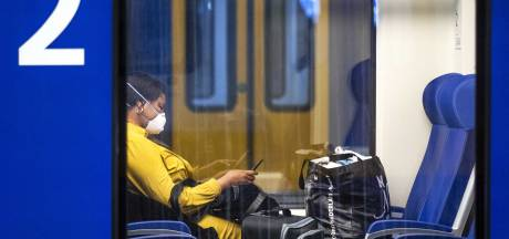 Reizigers in Groningen en Drenthe gedwee met mondkapje in openbaar vervoer: 'Amper een onvertogen woord'