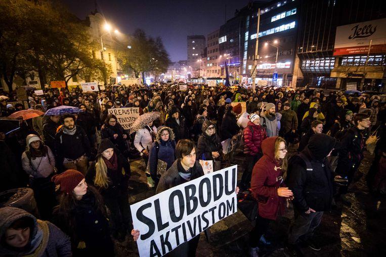 Betoging aan de ambassade van Slovakije.
