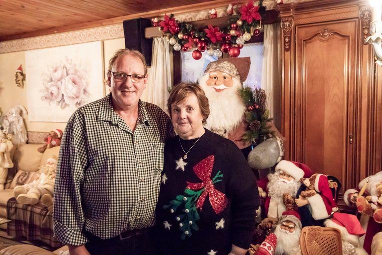 Marc en Ria in hun kersthuis.