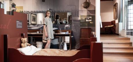 Oud-museumdirecteur Nicole Spaans krijgt stadsspeld Culemborg