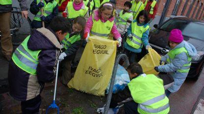 Stad beloont scholen die zwerfvuil ophalen voor Rode Neuzen Dag