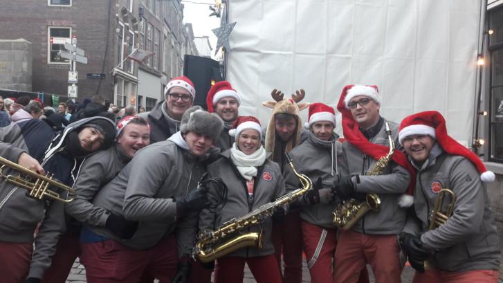 Drukke tweede dag voor de Dordtse kerstmarkt