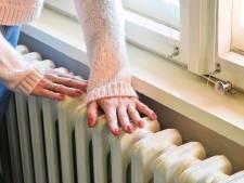 Trucje: zo haal je het stof achter de verwarming weg