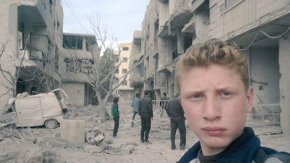 """""""Gisteren waren mijn vriend en ik nog aan het spelen. Vandaag is hij dood"""": tienerjongen toont via selfies gruwel van Syrisch conflict"""