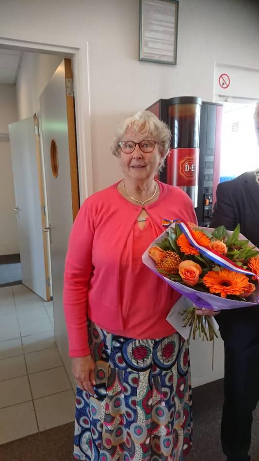 Nel van Dorp (72, Fijnaart) - Lid in de Orde van Oranje-Nassau