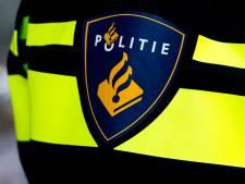 Man zwaargewond bij ongeluk met scooter in Apeldoorn, bestuurder rijdt door