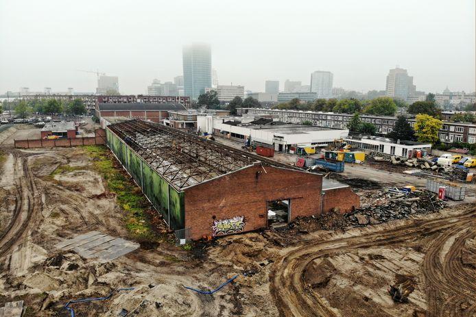 Op het terrein van de voormalige soepfabriek Interstate (Heycopstraat) worden honderden appartementen gebouwd. De bouwwerkzaamheden leiden tot veel overlast.