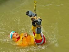 Magie of tragedie? Indiase 'Houdini' verdwijnt in rivier bij boeientruc