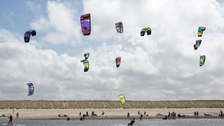 'Combinatie van vliegeren en surfen is het moeilijkste'