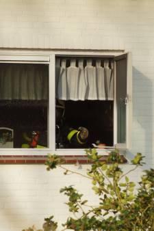 Bewoners moeten nacht hun huis uit na felle keukenbrand