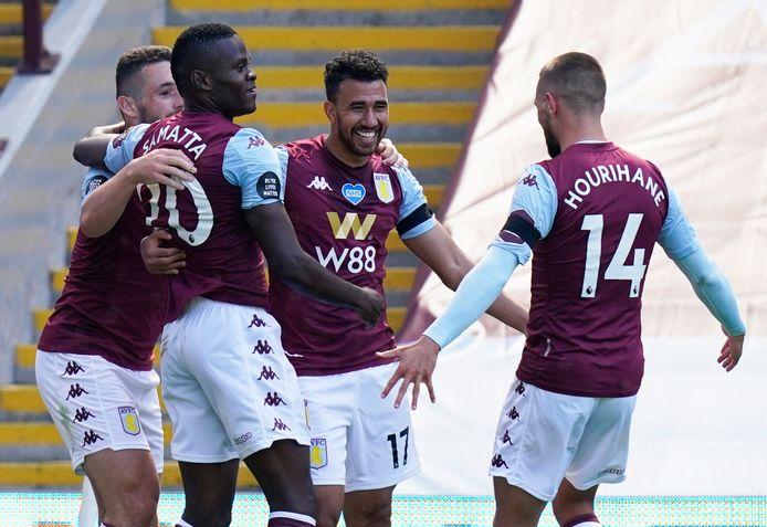 Aston Villa viert de goal van Trézéguet.