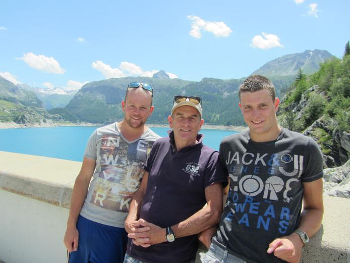Jan Knuivers en zijn zonen Jeroen en Robin.