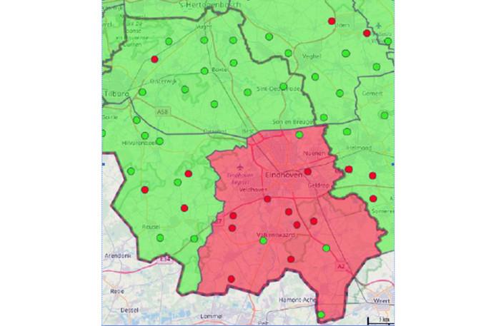 Agrarische ondernemers en grondeigenaren in het gemarkeerde rode gebied mogen hun grasland van 1 april tot 1 juni niet beregenen met grondwater.