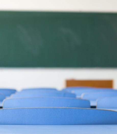 Schoolverzuim in regio beter in beeld door leerplichtambtenaar op school