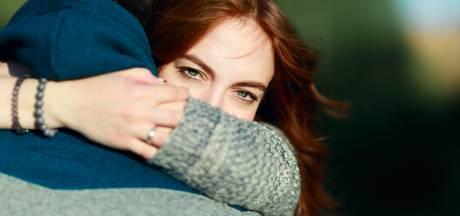 Hoe kun je groeien in je relatie? 'Praat niet alleen over problemen'