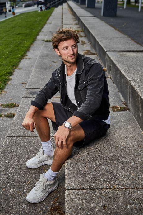 Spartawijsneus Bart Vriends kijkt uit naar een leven na het voetbal: 'Thuis op de bank hangen? No way!'