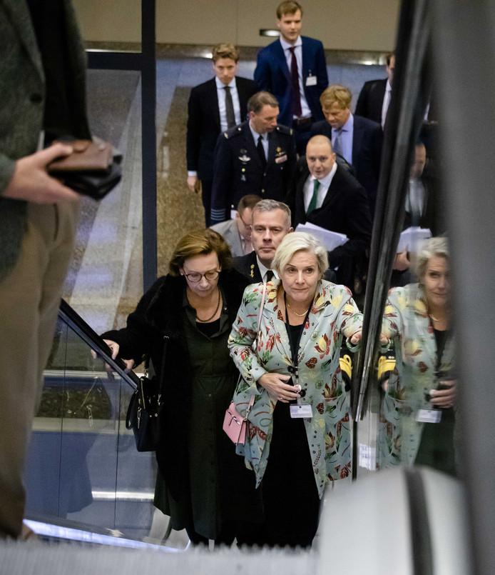 Minister Ank Bijleveld (Defensie) voorafgaand aan het debat in de Tweede Kamer over het Nederlands bombardement in Irak.