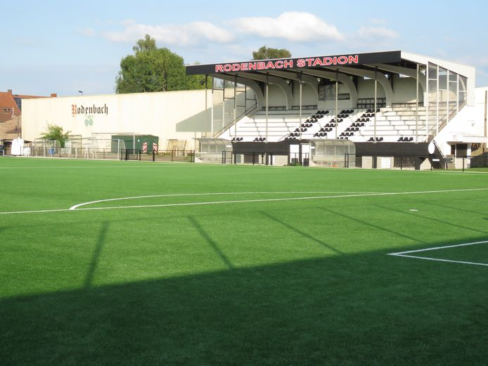 Club Roeselare is thuis in het Rodenbachstadion.
