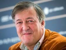 Komiek Stephen Fry had prostaatkanker: Hoop dat ik nog even leef