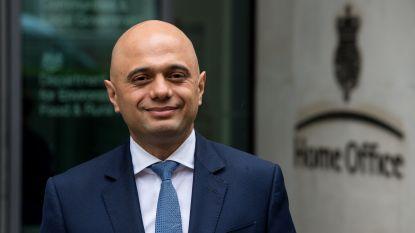 Oeps: nieuwe Britse minister poseert met drugshond, maar op zijn departement wordt wel crystal meth ontdekt