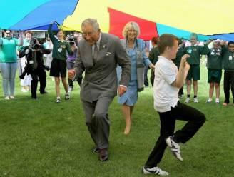 Gekke foto maakt prins Charles mikpunt van spot