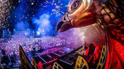 IN BEELD. Tomorrowland maakt indrukwekkend podium voor Vegas & Like Mike in Ibiza