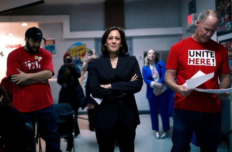 Kamala Harris begin november op campagne bij de Culinaire Workers Union.  Beeld AP
