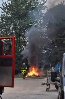Rook van verbrand afval op boerenerf drijft kilometers over Moergestel en A58