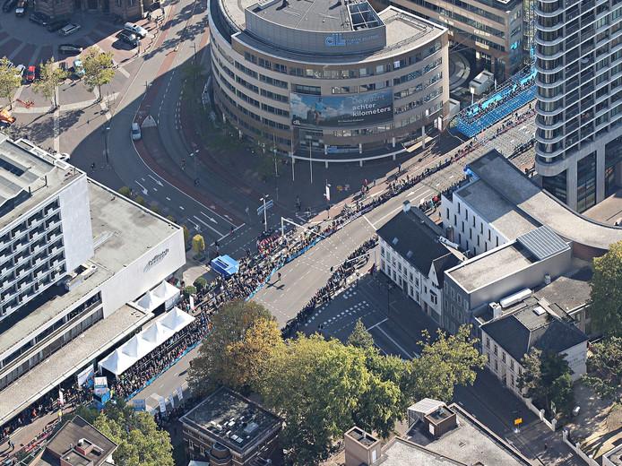 De Marathon Eindhoven van bovenaf bezien.
