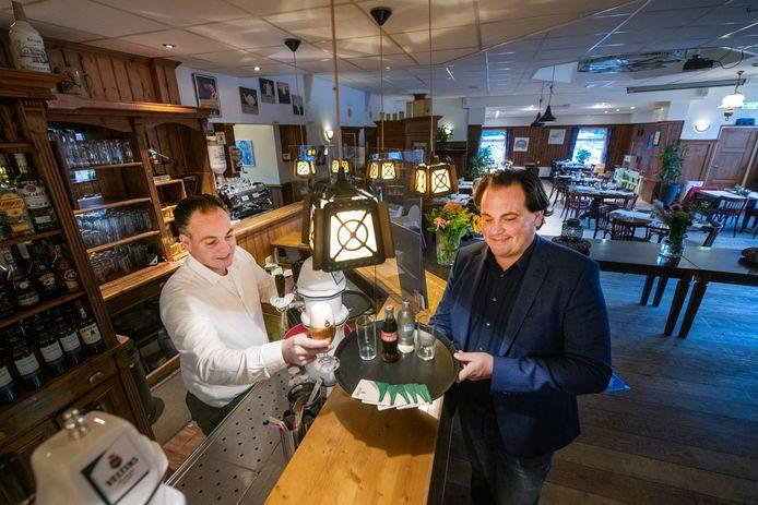 Sander (rechts) en David Mammen, de nieuwe eigenaren van Bij Ruysch.