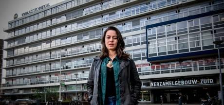 Famke begeleidt vrouwen naar de abortuskliniek: 'Ik krijg soms nare berichten'