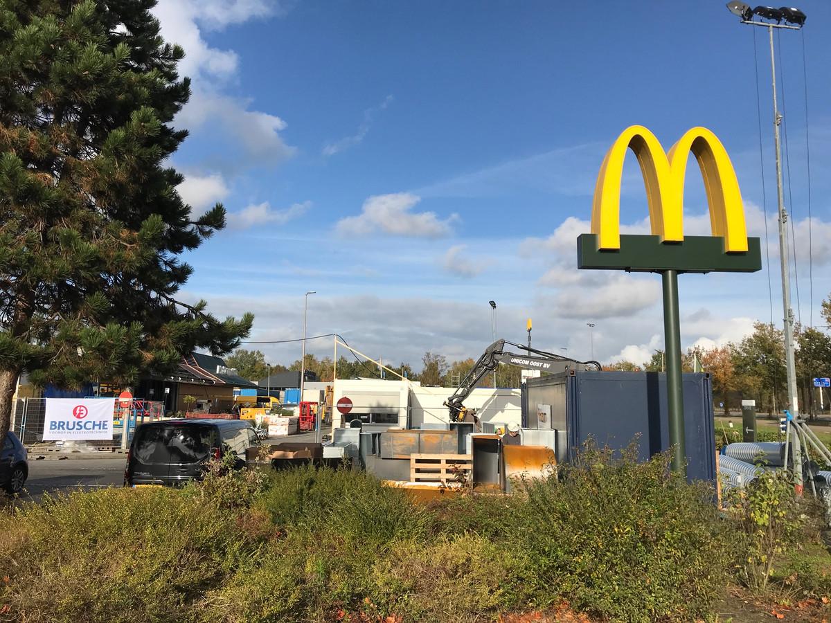 De McDonald's is volledig gesloten de komende maand