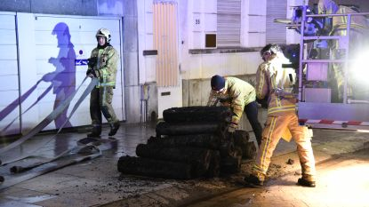 Chaos in stad na brand in flatgebouw