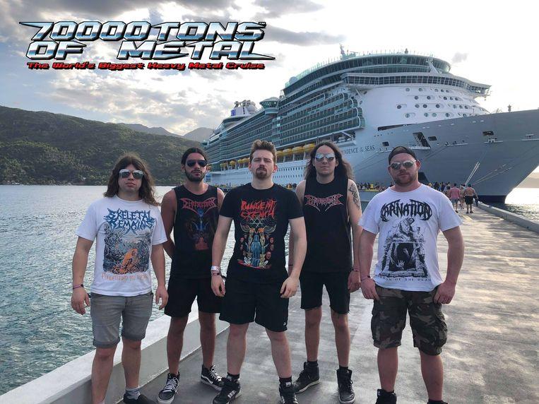 De band voor de Independence of the Seas op Haïti.