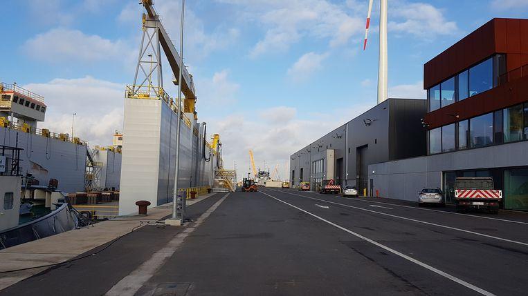 In het gloednieuwe zenuwcentrum zitten de operationele en onderhoudsdiensten samen. Weldra krijgt ook de scheepvaartpolitie er een plaats.
