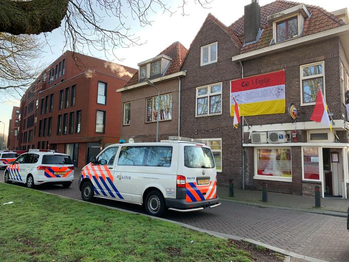 Inval bij café 't Engeltje in Den Bosch.