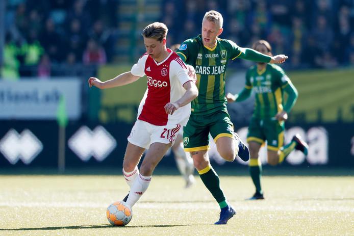 Vorig seizoen was Ajax met 1-5 te sterk in Den Haag. Zondag krijgt ADO een nieuwe kans tegen de Amsterdammers.