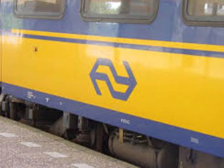 Trein ontruimd op station Etten-Leur na brandlucht, geen treinverkeer tussen Breda en Roosendaal